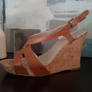 Guess wedges size 7.5
